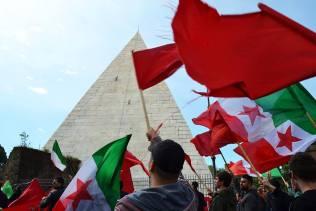 Le bandiere giuste da sventolare il 25 aprile...