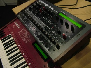 musikmesse09_synmag86