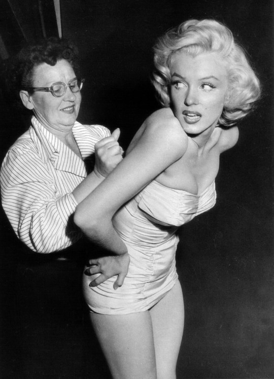 """""""To all the girls that think you're fat because you're not a size zero, you're the beautiful one, its society who's ugly."""" ― Marilyn Monroe"""
