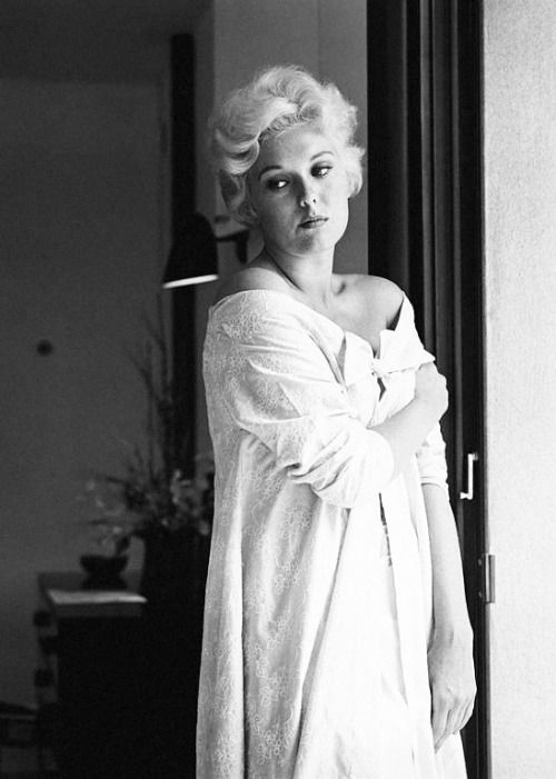 "The head of publicity of the Hollywood studio where I was first under contract told me, ""You're a piece of meat, that's all"". It wasn't very nice but I had to take it. When I made my first screen test, the director explained to everyone, ""Don't listen to her, just look"". —Kim Novak"