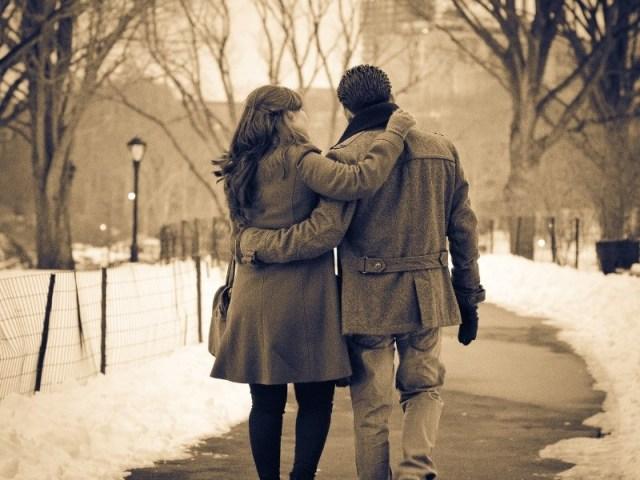 jika dia mencintaimu dengan tulus, dia juga akan memberikanmu rasa aman dan nyaman. kamu pun akan merasakan hal tersebut tanpa terpaksa. gambar via: Brilio.net