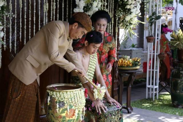 Prosesi Pernikahan