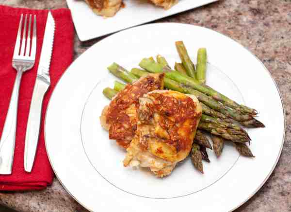 A super simple weeknight meal that's packed full of flavor: Spicy Roasted Chicken Thighs