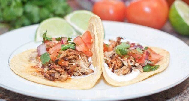 Crock Pot Chicken Carnitas Tacos!