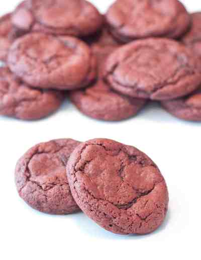 Super easy, super soft Red Velvet Cookies