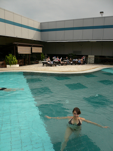blog voyage travel piscine singapour aeroport lise