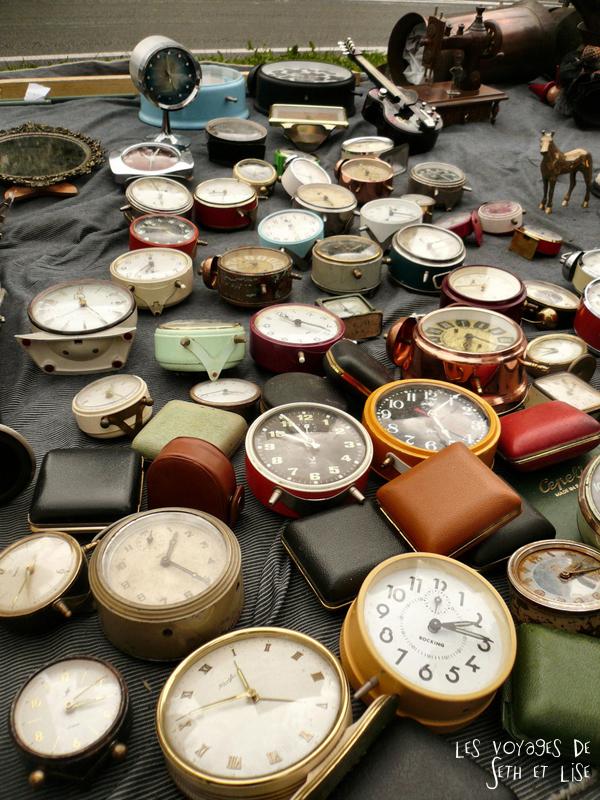 braderie lille france voyage travel organisation brocante tourisme tourism clock montre ancienne old vintage