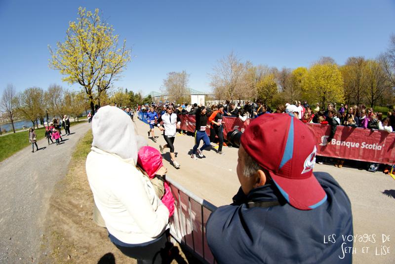 blog pvt canada montreal couple voyage semi marathon ile st helene jean drapeau parc coureur photographe foule