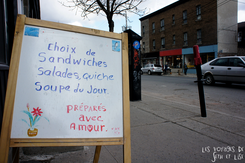 blog voyage canada montreal pvt sandwich amour pancarte