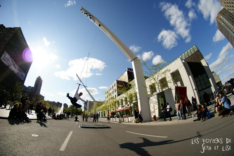blog pvt canada voyage canada montreal voyage tour du monde fete artiste acrobate trapeze