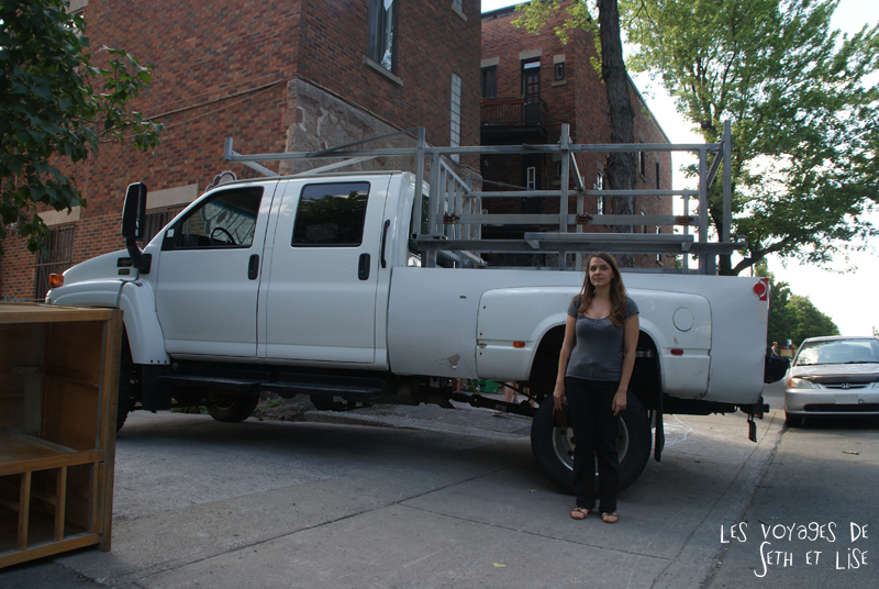 blog canada voyage pvt whv montreal moving day demenagement photo insolite dodge truck 4x4