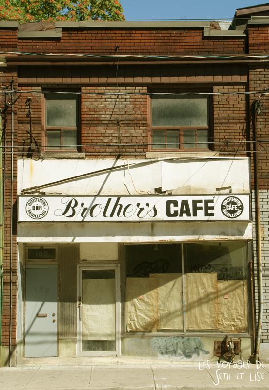 blog voyage canada toronto pvt humour cabbagetown shop cafe vintage