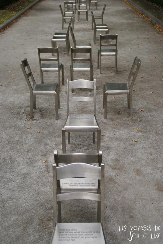 blog photographie canada pvt pvtiste voyage couple tour du monde quebec city ville chaise sculpture