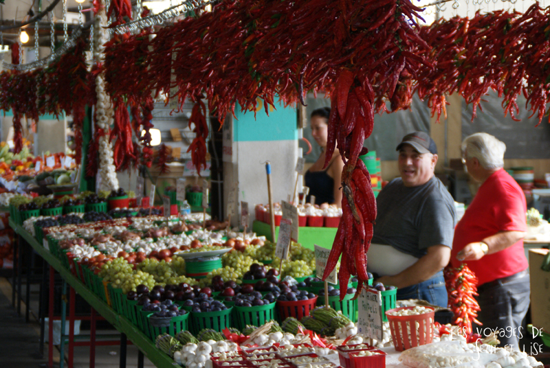 blog voyage canada photo montreal quebec humour jean talon market marche piment