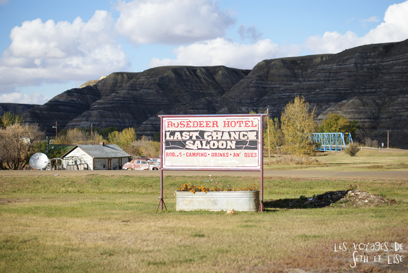 blog canada voyage photo pvt alberta drumheller dinosaure badland western saloon wayne