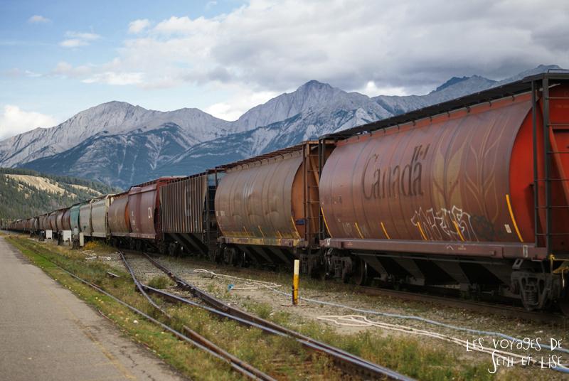 blog pvt pvtiste voyage photo photographie couple tour du monde canada japser rockies alberta rocky mountain vintage ville urban train wagon