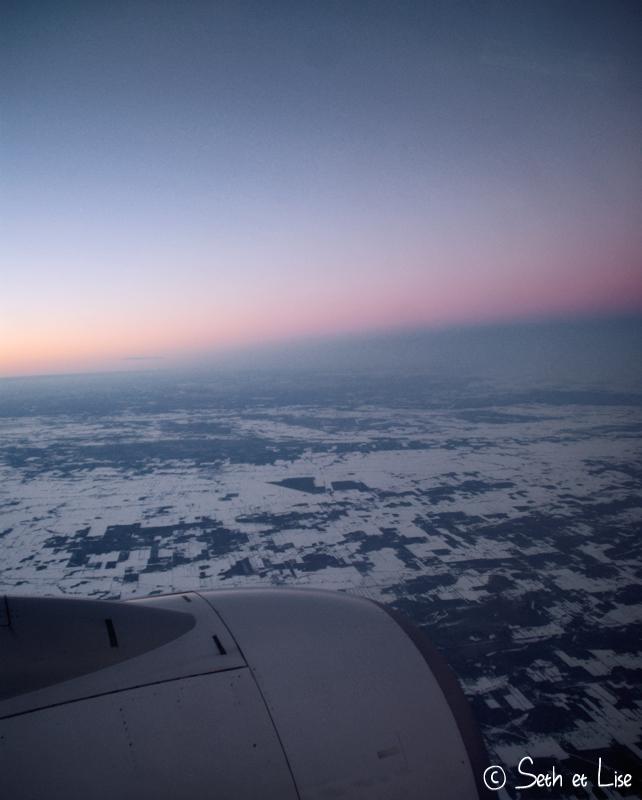 blog voyage pvt canada whv vol avion westjet nuage ciel nuit