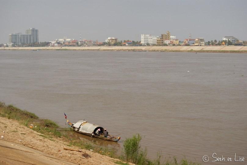 We stroll you scroll - Phnom Penh