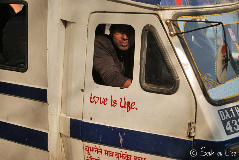 nepal_lovelife.jpg