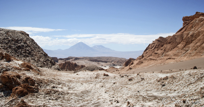 licancabur-valley-moon