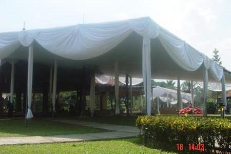 tenda semi dekor putih