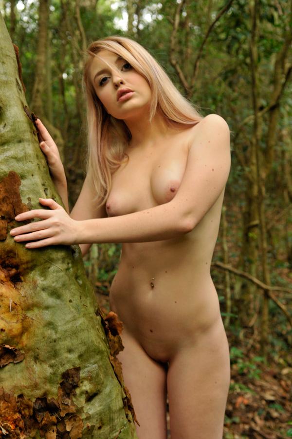 blondiewondie nudes