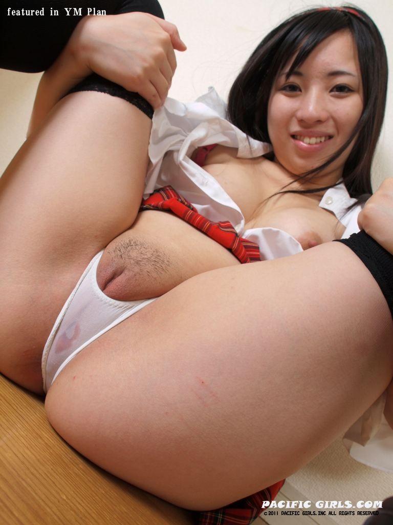 japanese shop girl