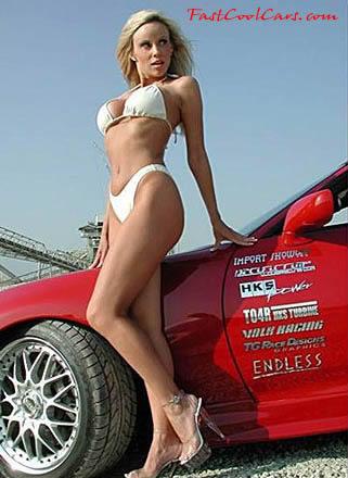hot ladies in bikinis