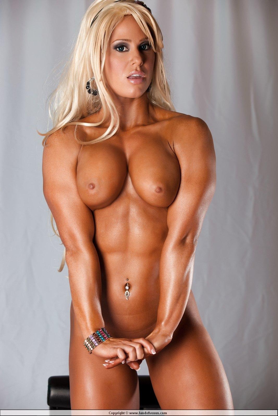 Hot Body Builder