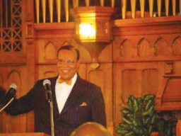 Minister Louis Farrakhan speaks at Abundant Life Church in Benton Harbor on May 20. – Photo: Benton Spirit Community Newspaper