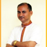 Acharya Jai Krishan Tripathi - M.A. and PhD teaches Hindi.