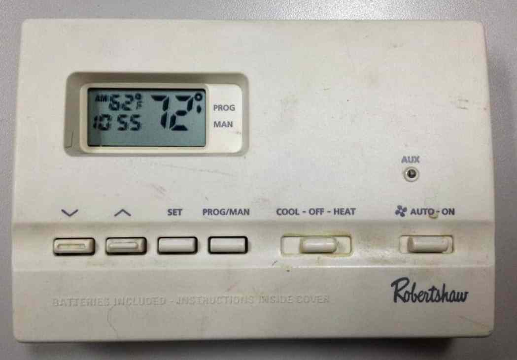 How to Program a Robertshaw 9615 Thermostat Share Your