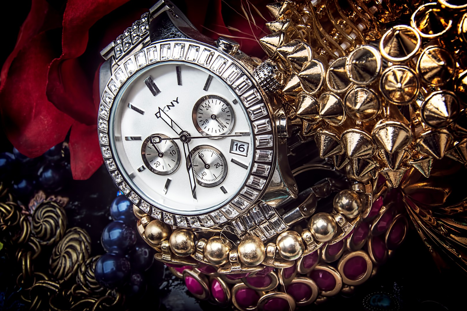 Product photography jewelry watches necklaces bracelets catalog lookbooks los angelestop fashion for Jewelry watches