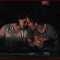 News Roundup: Rob & Kristen Kissing? Zanessa Rumor Control & More