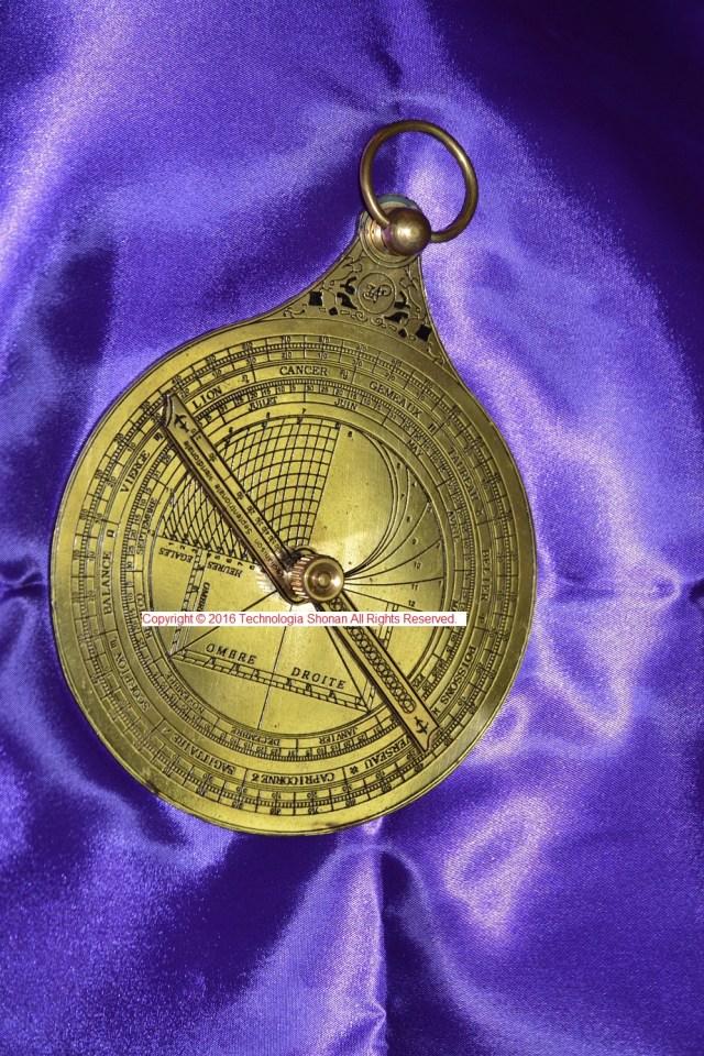 astrolabe-12