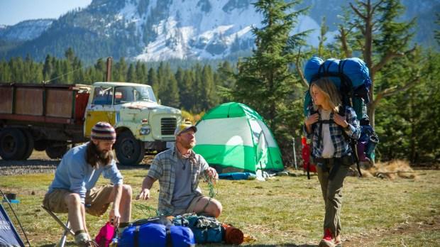 Strayed, con otros excursionistas