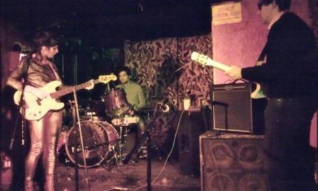El dúo, en un directo con banda