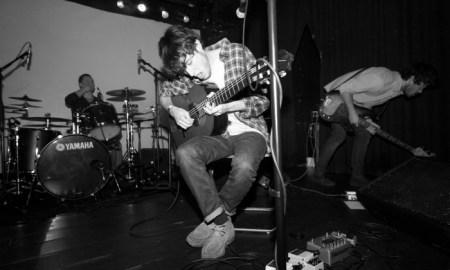 Paco Colombás, en un momento del concierto del pasado sábado // SERGI MIRÓ