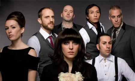 Imagen promocional de la banda, en una foto de archivo