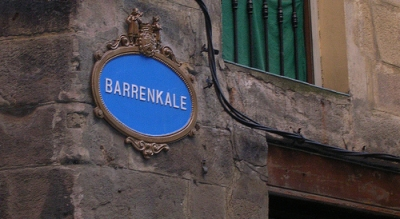 Barrenkale kalea, el epicentro de la fiesta en el Casco Viejo