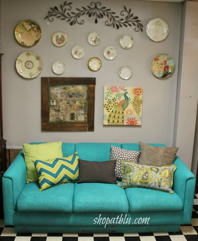 Sofa painted with chalk paint and the finish max