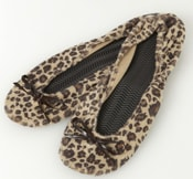 Kushyfoot flats to go - Stocking Stuffers for Women - FantabulouslyFrugal.com 2012 Holiday Gift Guide - #giftguide #stockingstuffers