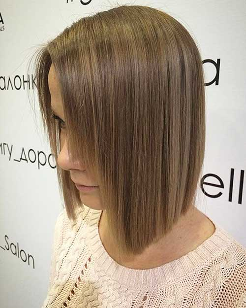 Short Straight Hairstyles - 16