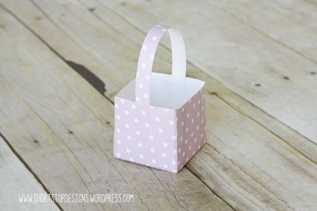 Mini Easter Basket Tutorial Handle