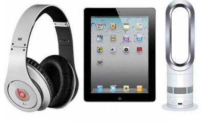 Top-10-Tech-Christmas-Treats-for-Men