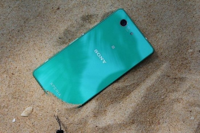 xperiaz3compact-09
