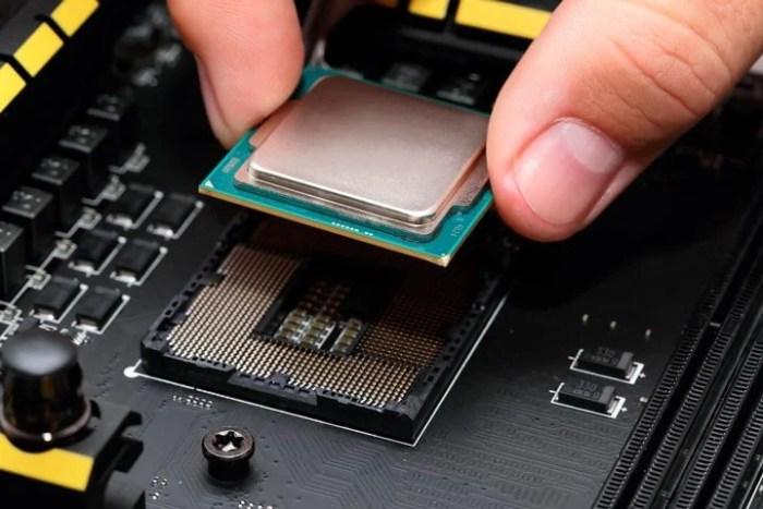 mercado de pcs volta a crescer, na imagem uma placa mãe e processador