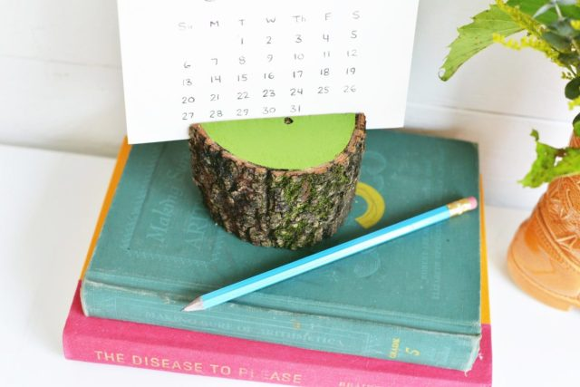 Diy Calendar Holder : Diy painted stump calendar holder shrimp salad circus