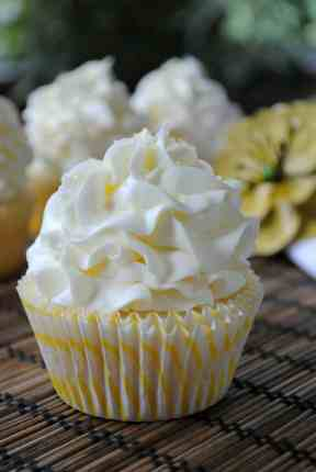Lemon Cupcakes with Lemon Buttercream from www.shugarysweets.com