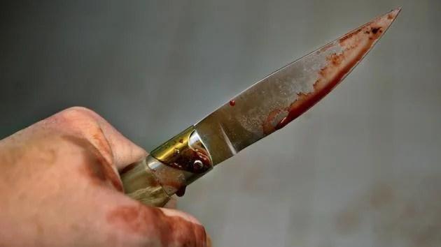 Trapani, per uccidere la moglie le ha inferto ventitrè coltellate